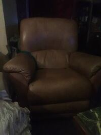 brown leather recliner sofa chair Stockton, 95207
