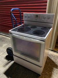 White whirlpool Glass top range convection (Same day delivery)