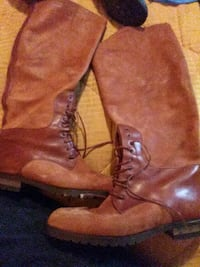 Womens 8.5 boot's for sale 1 pair $20 all for $50 Portland, 97206