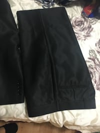 Grad suit. Originally purchased for $450 3749 km