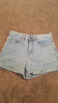 High waisted jean shorts  Brantford, N3R