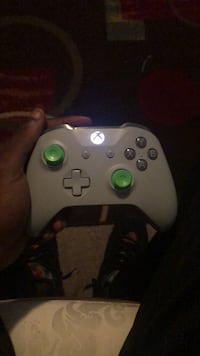 white Xbox One game controller Temple Hills, 20748