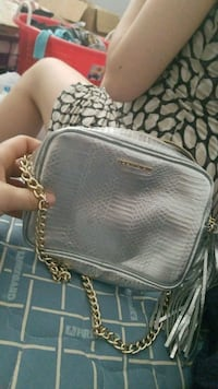 Silver bag Victoria secret  2670 km