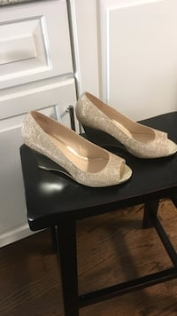 Simply Pelle wedges 7.5 Chicago, 60653