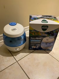 Cool Mist Humidifier ( VICKS ) with 9dream inspired images-No filters Richmond Hill, L4C