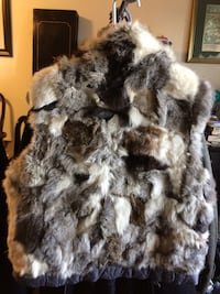 Gray and white fur vest Alexandria, 22304