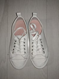 White canvas sneakers - Size US 2 /EU 34 Richmond