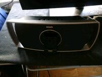 Philips speaker dock with iphone/ipod connection San Jose, 95122