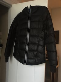 Iviva girls jacket. In perfect condition.