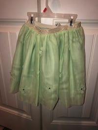 Kids skirt Surrey, V3V 7Z8