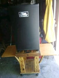 Electric Smoker Stand  Henderson, 89015