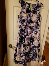Purple floral high-lo spaghetti strap dress Mississauga, L5N 1P3