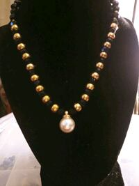 Up cycle handmade necklace. Peoria, 85345