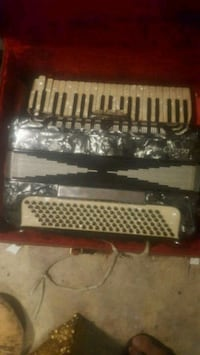 Used ACCORDION CAMILLO 1 for sale in Langley - letgo
