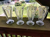 4 ice cream sundaes glasses Hanover, 17331