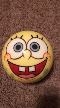 Spongebob squarepants 8lb bowling ball $30 never drilled Norwalk, 50211