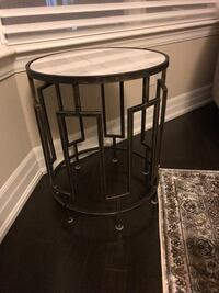Side table with marble top and copper stand! Toronto, M2K 0A5