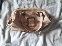 Like new women's purse  Guelph, N1H