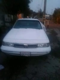 white Renault 9 Broadway sedan 2400 mi