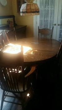 Antique Oak Table and 6 chairs Port McNicoll, L0K 1R0