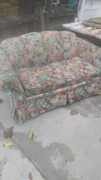 Flowered couch sofa love seat sectional 2270 mi