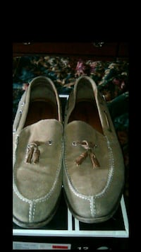 Brand New men's Robert Wayne suede size 12 loafers for$10.00