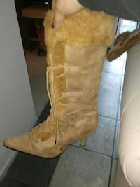 7 boots brand new