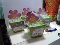 Spring themed treat boxes AURORA