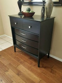 High quality chest of drawers Albuquerque, 87114
