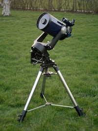 Meade telescope w/mount & tripod Bear, 19701