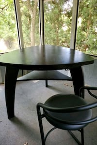 Table & 3 Bar stools Thomasville, 27360