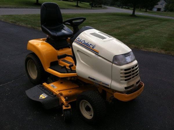 Used 2004 Cub Cadet Gt 3204 And 48 Triple Blade Mower