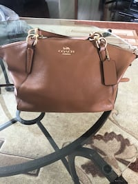 COACH WOMENS PURSE NEW! AUTHENTIC.  Toronto, M1S 1V9