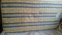 blue and white floral mattress Laval, H7M 3C2