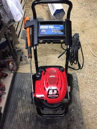 2500 psi Pressure washer works perfectly Janesville, 53548