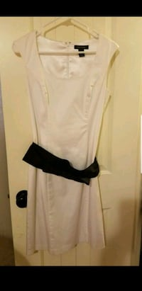 White dress Columbia, 29206