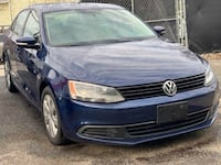 2010 JETTA, RUNS EXCELLENT  46 km