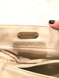 Botkier cream leather pocket book Roslyn Heights, 11577