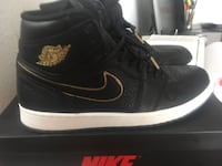 Jordan retro 1s like new size 11 El Paso, 79932