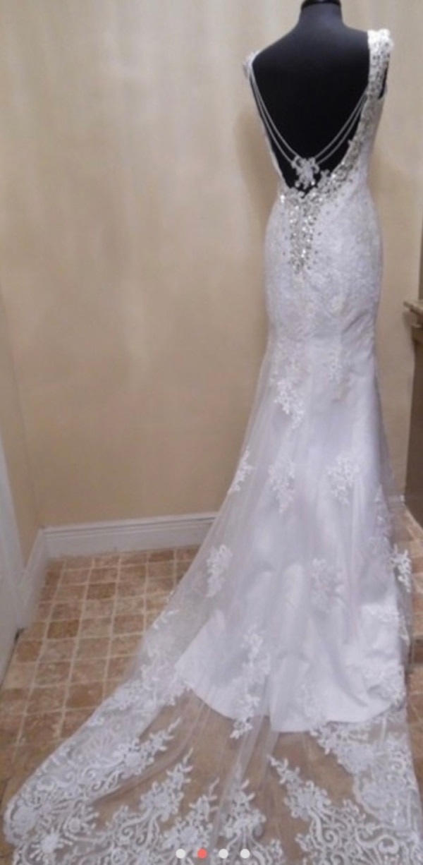NWT Emma Sexy Wedding Dress