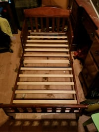 brown and white wooden bed frame Kilgore, 75662