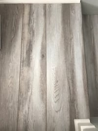 LAST CHANCE - Laminate flooring - grey