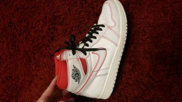 Nike Jordan 1s. Size 11.5 Only worn a couple times.
