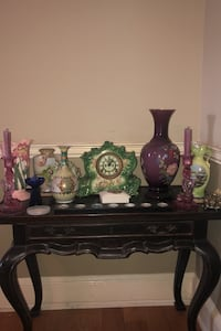 Antique vases and clock with table and decor Rockville, 20852