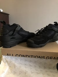 3e4a6fa64d08 Used Nike ACG Air Revaderchi all black (Men Size 10) for sale in New ...