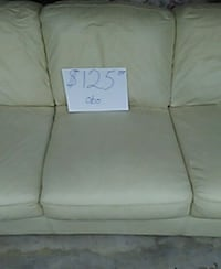 Leather couch  Warner Robins