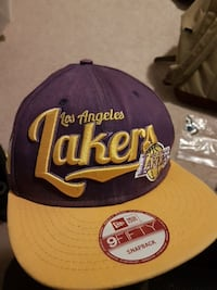 blue and yellow Lakers printed snapback cap
