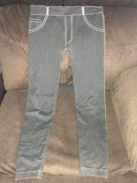 gray and white denim jeans Houston, 77091