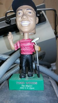 black and red Tiger Woods  bobble head London, N5V 2K6