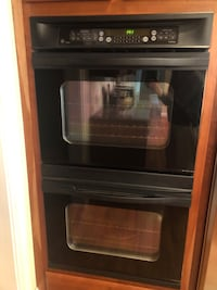 """GE Profile 30"""" Double Oven (Self Cleaning & Electronic) Oakton, 22124"""